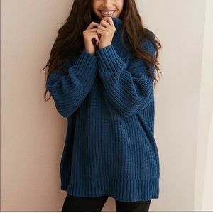 Aerie Oversized Chenille Blue Cowl Sweater Large
